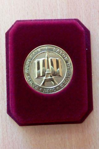 «Золотая медаль» Парижского книжного салона 2018